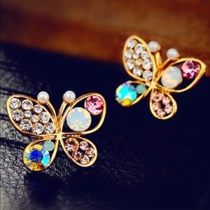 Butterfly Rhinestone Decor Stud Earrings Gold